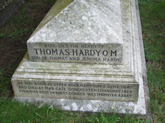 thomas-hardy-tombstone
