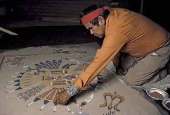 navajo_sand_painter
