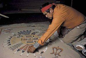 navajo_sand_painter