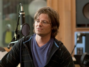Davis McAlary played by Steve Zahn