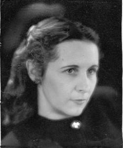 Elaine Ackerman Moore